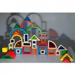 Construcciones con ventanas de colores