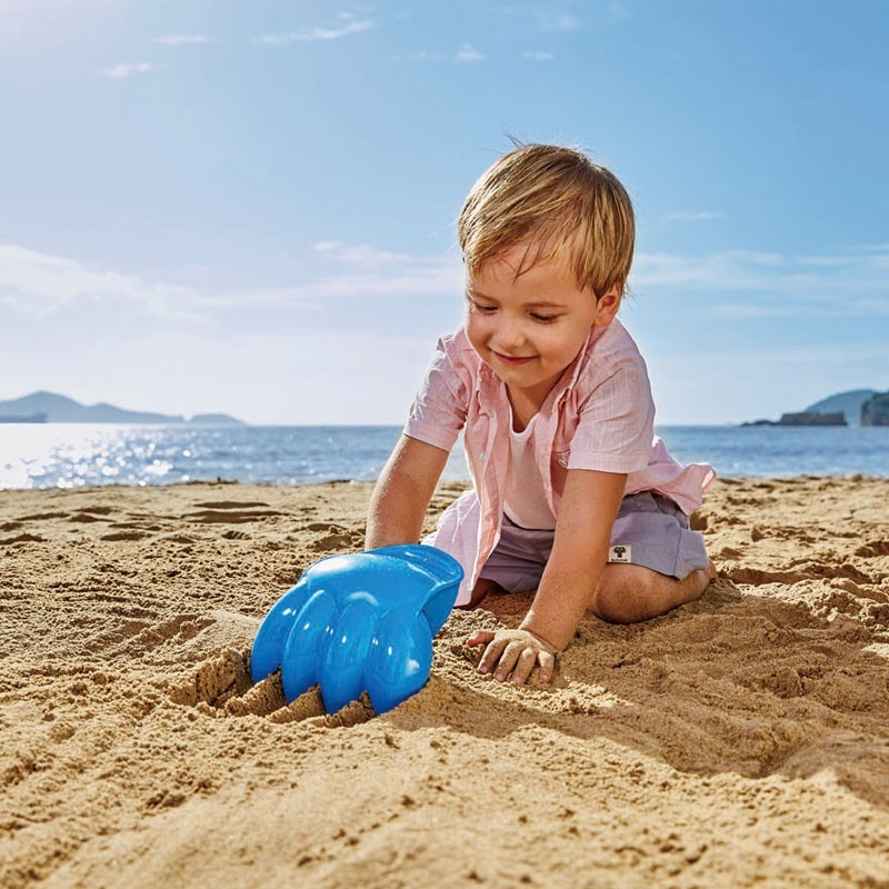 Pata excavadora gigante playa HAPE